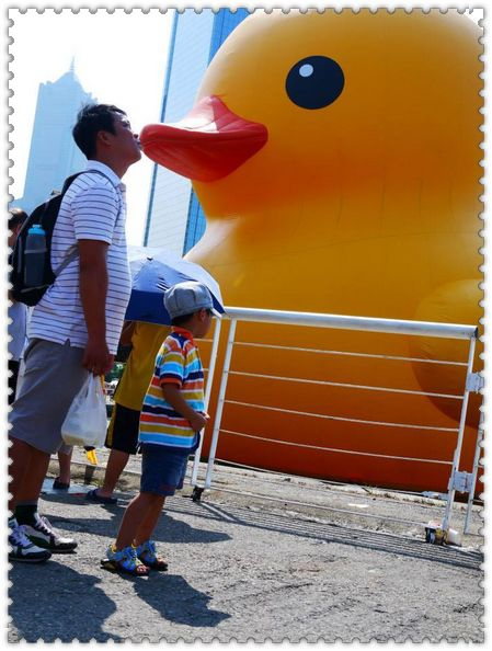 黃色小鴨│高雄光榮碼頭:黃色小鴨│高雄光榮碼頭~~我也來了